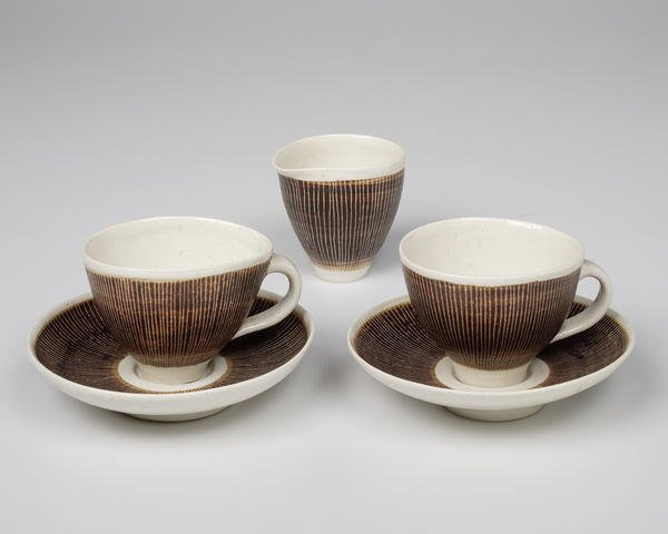 Figure 7: Rie, Lucie (1950s). Set of jug and two cups and saucers [Ceramics] © Mrs. Yvonne Mayer/Crafts Study Centre 2012